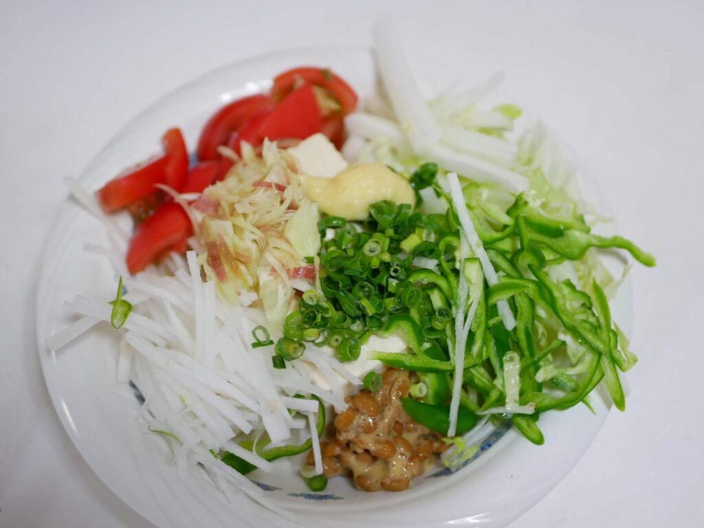 納豆+キムチ+野菜 サラダ