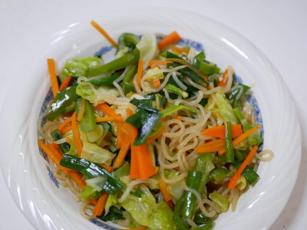 シラタキと野菜